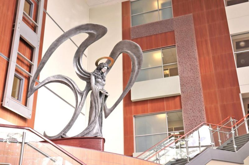 Aultman honors women's board with sculpture