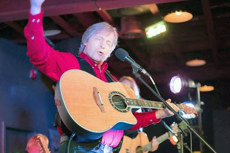 John Denver tribute returns to the Lions Lincoln Theatre