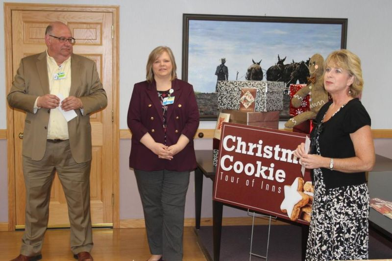 Lodging Council presents Cookie Tour checks to nonprofits