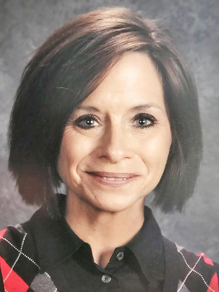 Wolfe receives the 2019 Teacher of the Year